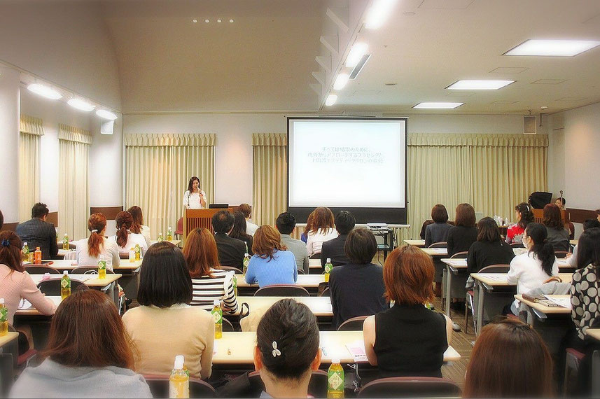 エンジェルオーナーエステティシャン上田珠良が第9回日本プラセンタ研究会に登壇