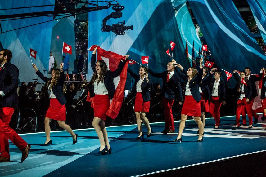 Switzerland beim Arena Einzug mit Patrick Grepper