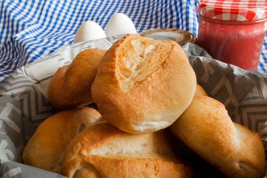 Leckere Sonntagsbrötchen wie vom Bäcker-Rezept