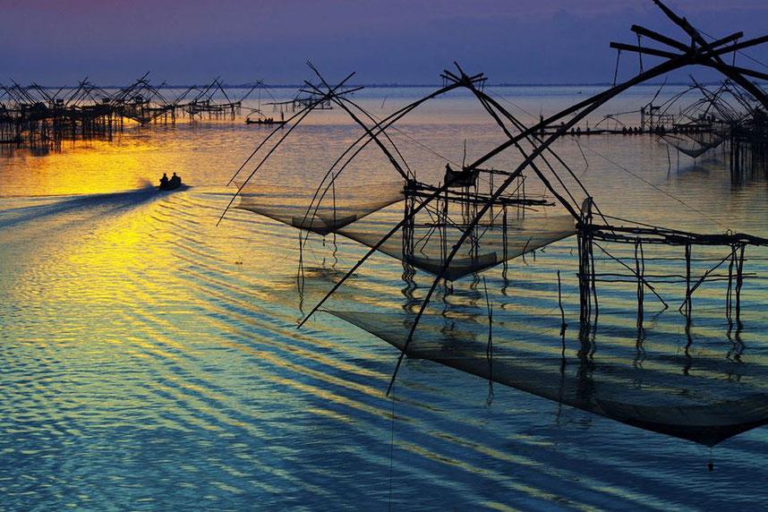 Žvejų kaimas Pak Pra Fatalungo provincijoje
