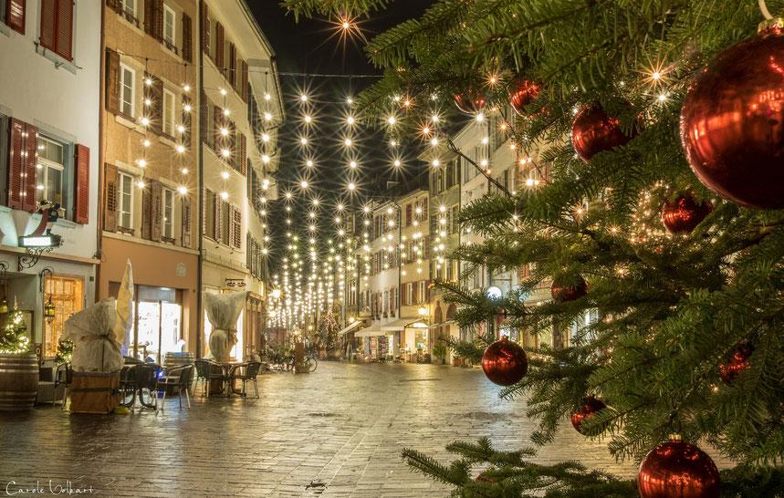 Weihnachtsbeleuchtung in der Marktgasse von Rheinfelden