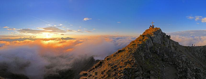 Sonnenaufgang 2014 zwischen auf dem Weg zum Eisatz
