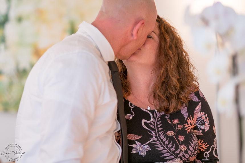 Hochzeitskuss, Hochzeitsfotografie, Ziviltrauung, Hochzeitsfotos, Basel,