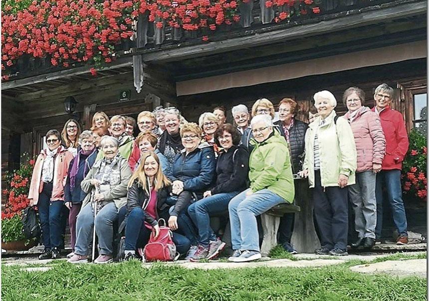 Die Teilnehmerinnen besuchten das Bergdoktorhaus im Wilden Kaiser.