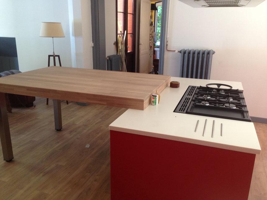Table repas en chêne lamellé collé H10cm huilé finition naturel