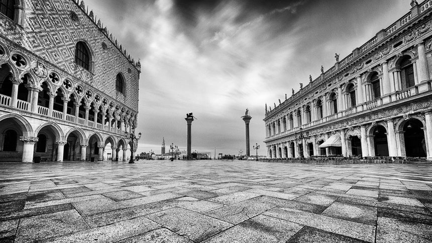 Piazza San Marco (ISO 100/14mm/f7.1/155 Sek., Graufilter 10 stop)