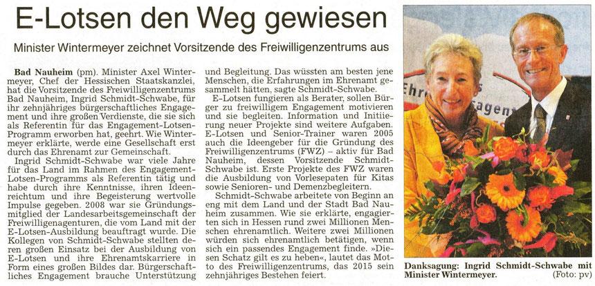 Ehrung von Ingrid Schmidt-Schwabe durch Minister Wintermeyer, WZ 04.11.2014