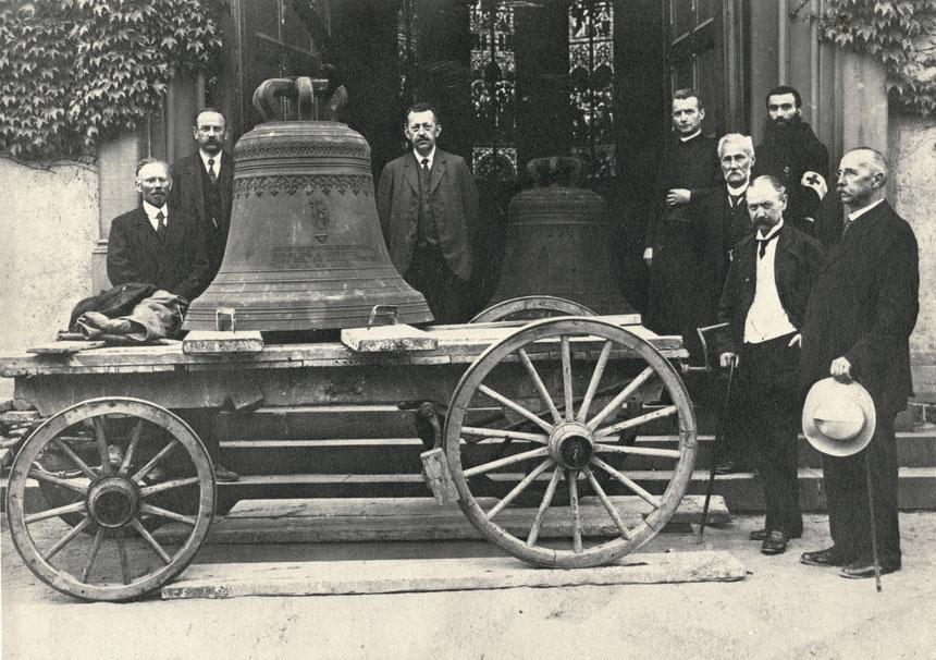 Weihe der Glocken in der katholischen Bonifatius-Kirche Bad Nauheim am 21. Juni 1917, Foto von Familie Werle, Online-Museum Bad Nauheim