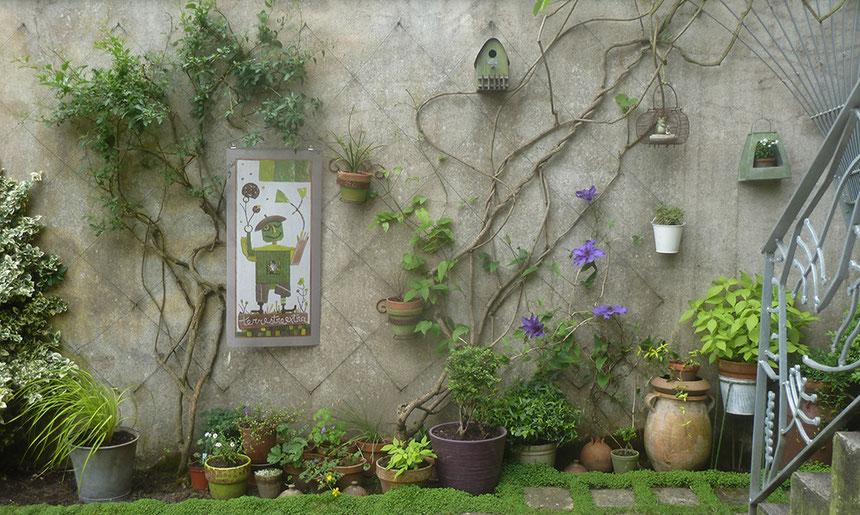 """Les """"Mosaïques au vent"""" en situation dans mon petit jardin"""