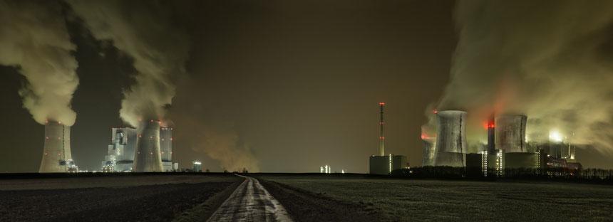 Braunkohl, Industrie Giganten, Michael Sander, Photograph, Fotograf, Photography, Landschaften, tOG, take OFF GALLERY, Galerie, Gallery, Kunstraum, NRW, Duesseldorf, Düsseldorf,