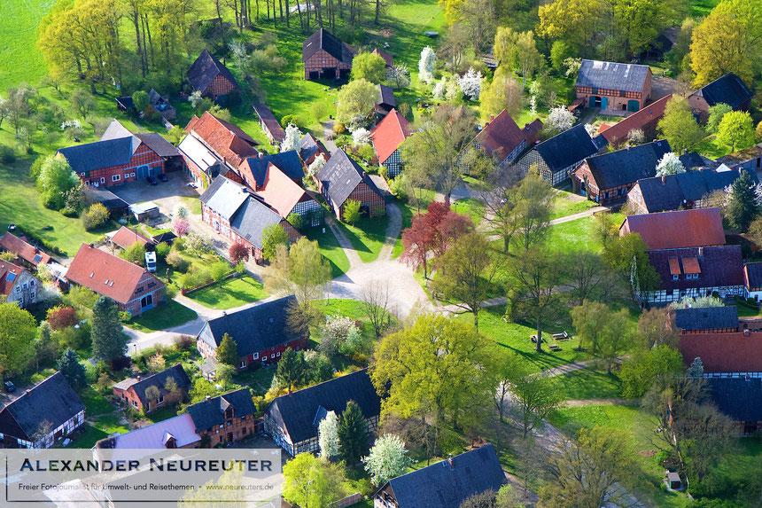 Satemin –der leicht tropfenförmige Dorfkern.