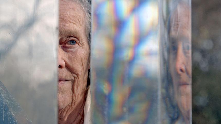 Filmbild aus Mary Bauermeister – eins und eins ist drei ©Carmen Belaschk | Deutschland 2020