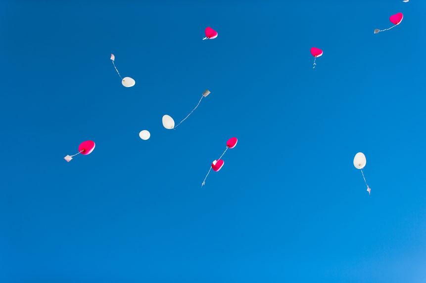 luftballons zur hochzeit, schloss lichtenwalde