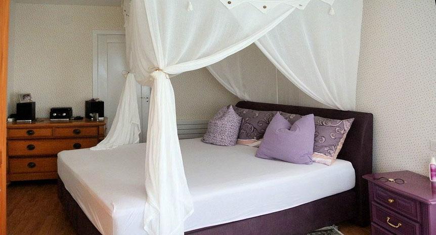Schlafzimmer in harmonischen Farben