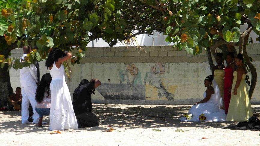Doctor's Cave Beach: Hochzeitsfotos am Strand