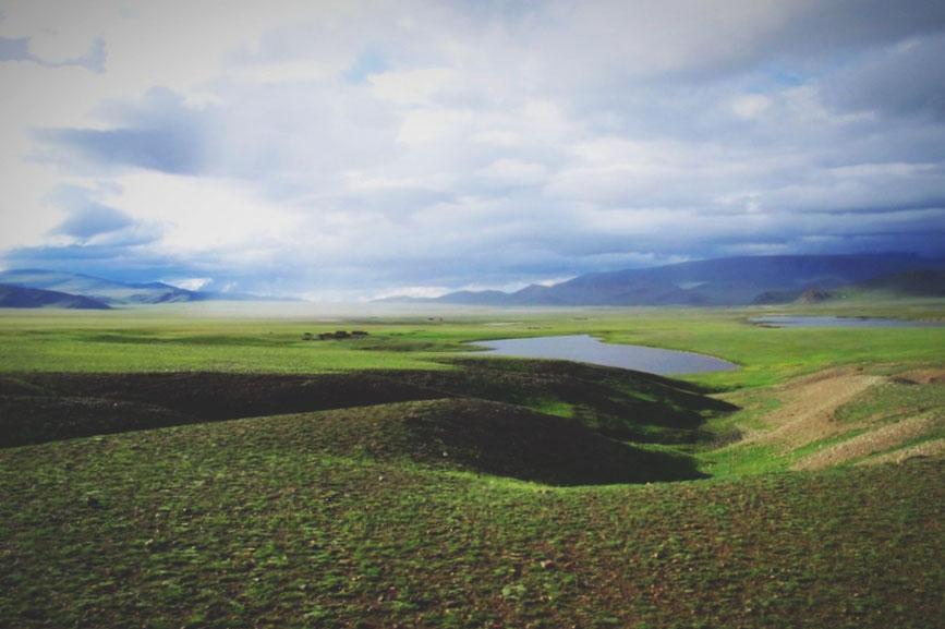 bigousteppes mongolie camion route piste steppes pluie