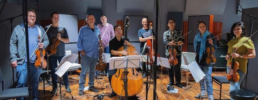das Ensemble der Kammerphilharmonie Wuppertal im Rooster Mix Studio