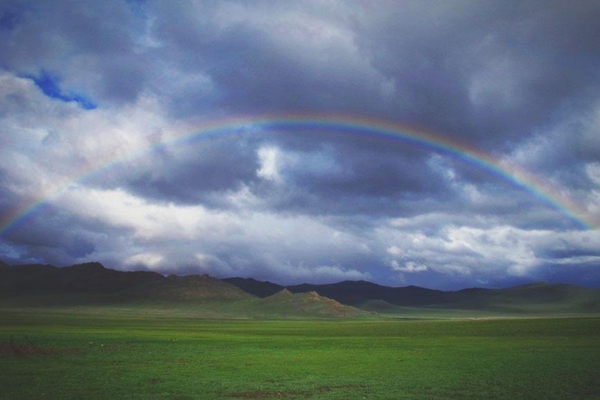 bigousteppes mongolie camion vallée piste route steppes arcenciel