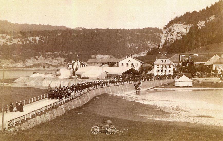 """Inaugurazione in pompa magna della linea """"Le Pont-Vallorbe"""", il 30 ottobre 1886"""