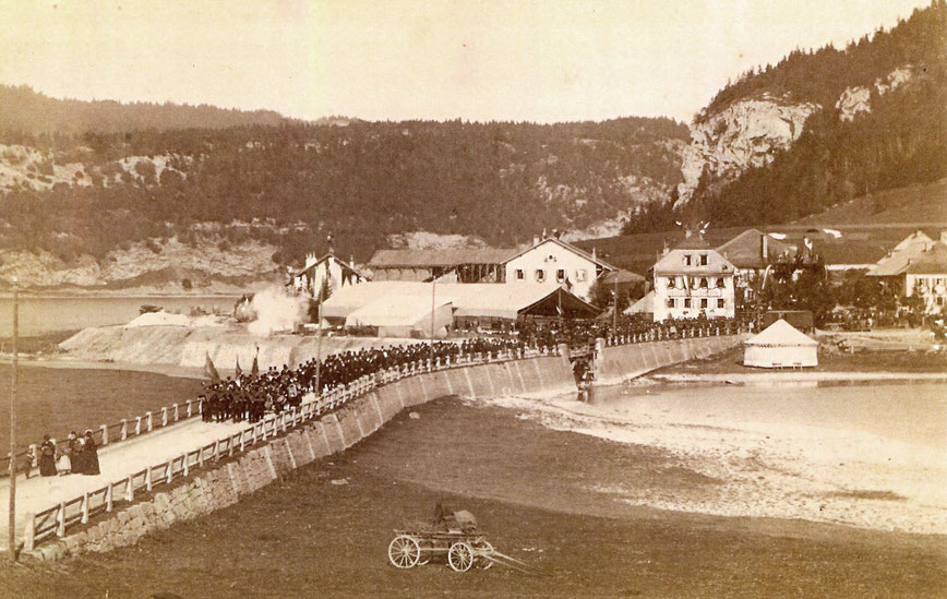 Inauguration en grandes pompes du Le Pont-Vallorbe le 30 octobre 1886