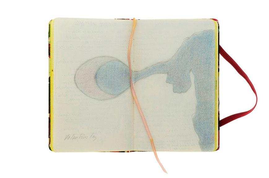 Skizzierte Schattenwurf Zeichnung. Rechte Hand mit Löffel.