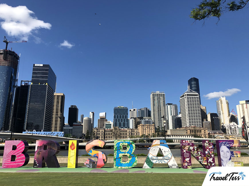 Skyline van Brisbane met Brisbane Sign