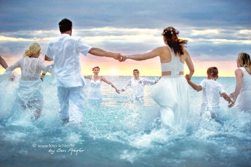 Hochzeit mauritius, Hochzeitsfotograf, mauritius, heiraten, beachwedding, Hochzeitsgäste, baden, Sonnenuntergang, Mauritius Hochzeit, trou aux biches, beachcomber Mauritius, beachcomber