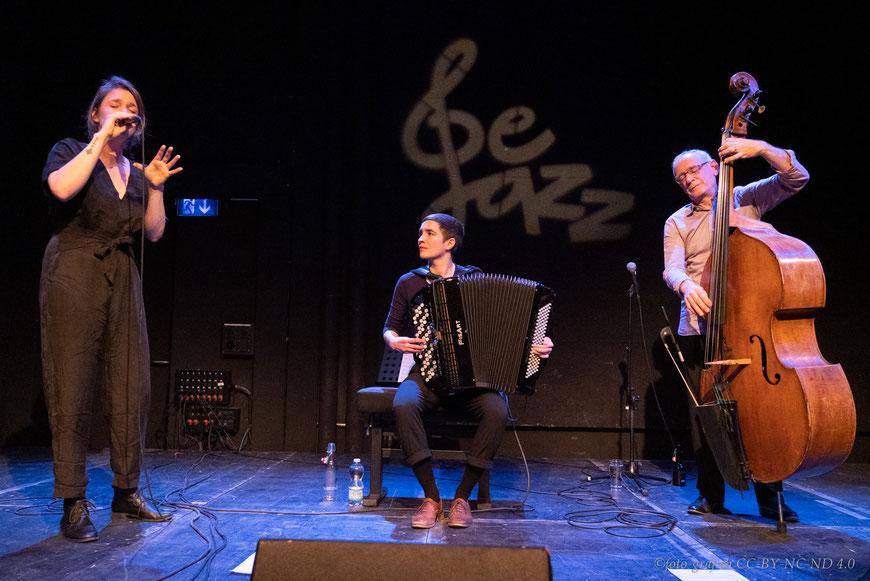 Thomas Dürst Trio (Sibyl Hofstetter voc, Lea Gasser acc, Thomas Dürst b)