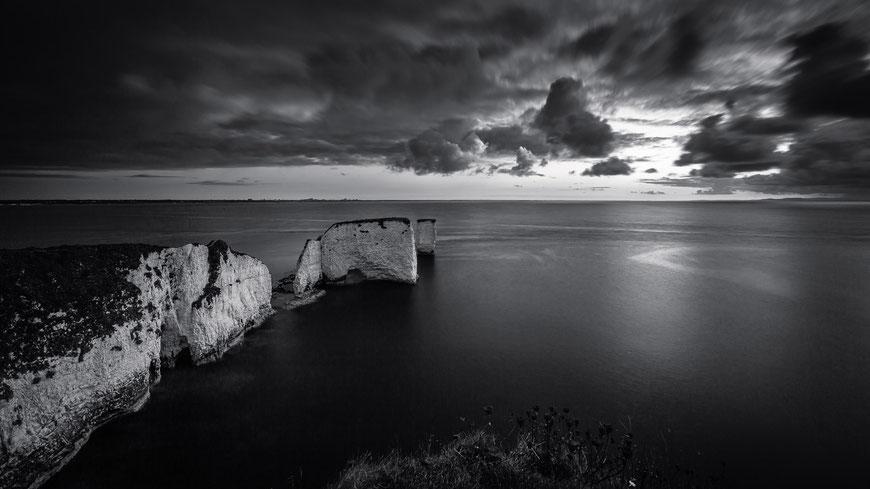Old Harry Rocks, Isle of Purbeck, Swanage, Bournemouth, Dorset, England, GB, UK, Schwarz-Weiß Fotografie, Schwarzweißfotografie, schwarz-weiß, schwarzweiss, monochrom