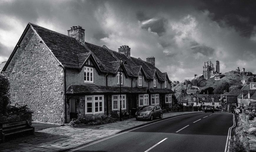 Corfe Castle, Dorset, England, GB, UK, Schwarz-Weiß Fotografie, Schwarzweißfotografie, schwarz-weiß, schwarzweiss, monochrom