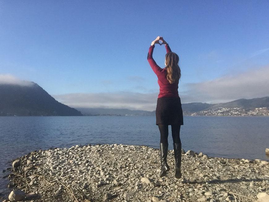 Symbolisches Liebe schicken an die Welt - Ägerisee im Dezember 2016.