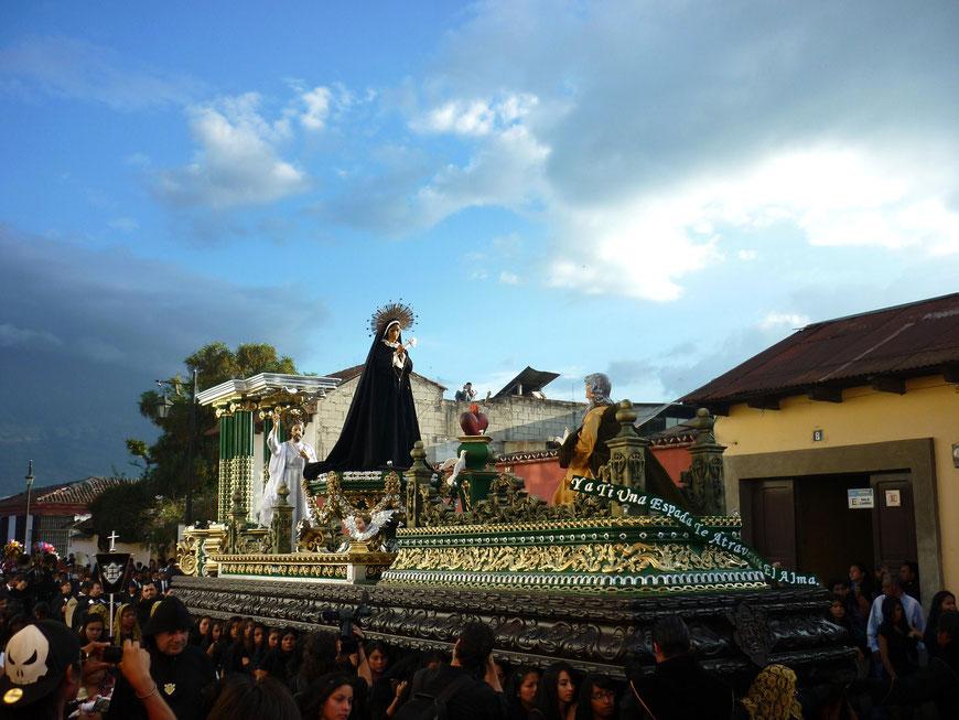 Osterprozession in Antigua Guatemala, Reisetipps, Reiseerlebnisse