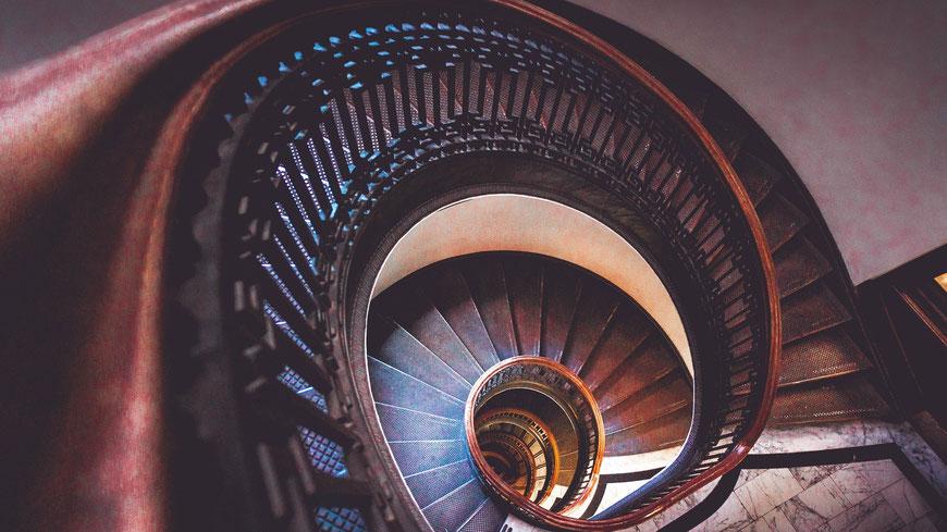Wendeltreppe nach unten