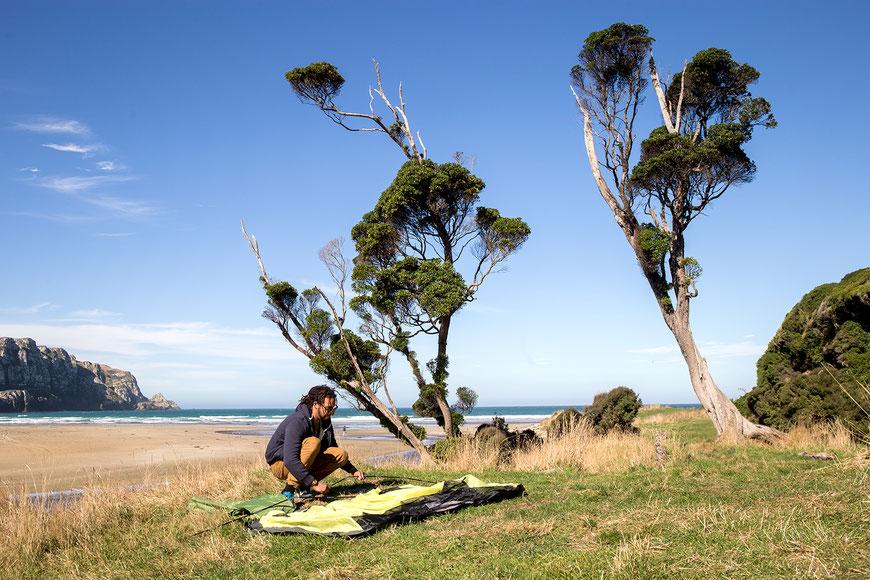 Camping in Neuseeland / Einfach an einem schönen Ort stehen bleiben? Mittlerweile ist das in vielen Orten nicht mehr erlaubt. (c) Salomé Weber