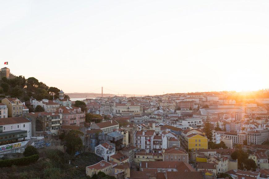 Sonnenuntergang über Lissabon. (c) Salomé Weber