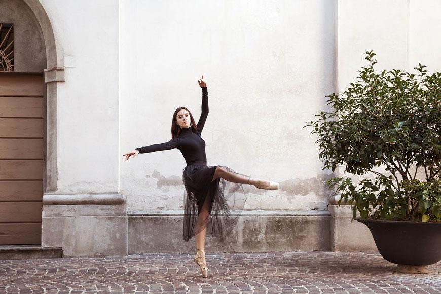 Ballerina in città