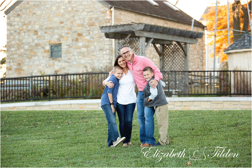 Johnson County Family photographer, Legler Barn, Lenexa Kansas