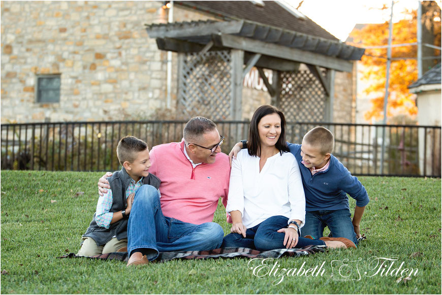 Legler Barn, Shawnee Family Photographer