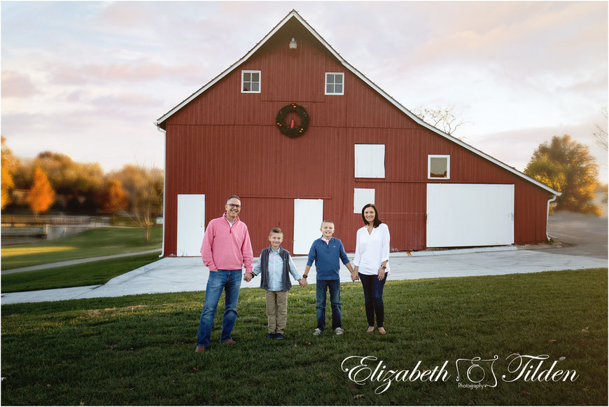 Legler Barn, Lenexa Family Photographer