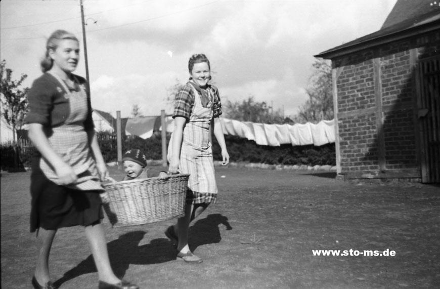 Waschtag um 1942