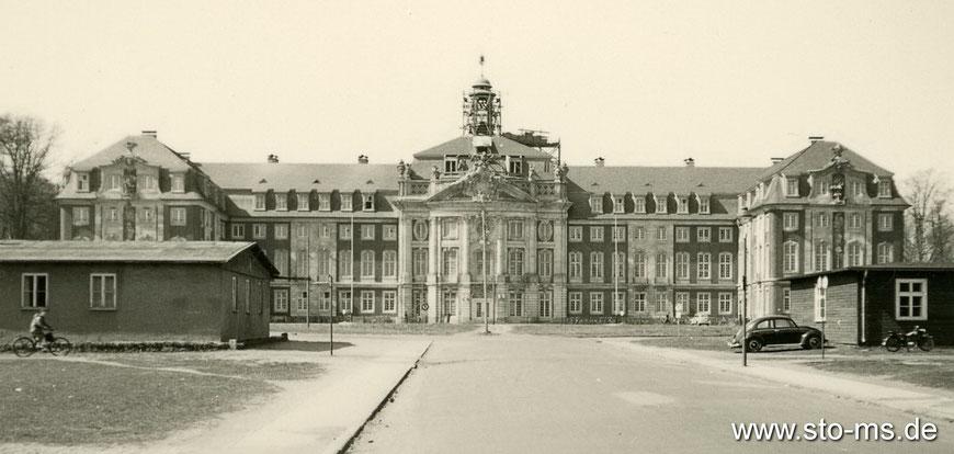 Das Schloss vor der Fertigstellung