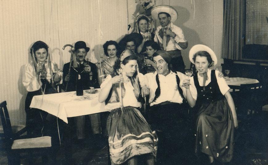 Karneval Ende der 1940er Jahre - Foto Sammlung Stoffers (Münsterländische Bank Thie - Stadtarchiv)