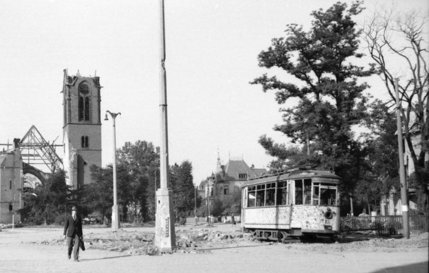 Servatiiplatz im Sommer 1945 -  Foto Carl Pohlschmidt ULB Münster
