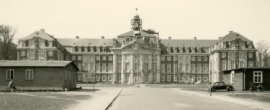 Das Schloss 1954