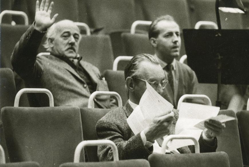 Links CW, vorn Carl Orff - Probe Shakespeare EIN SOMMERNACHTSTRAUM 1965/66 Musik: Carl Orff -  Regie: Alfred Erich Sistig
