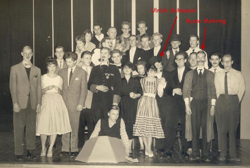 Laienspielschar des Ratsgymnasiums mit Busso Mehring und Ulrich Schamoni 1957 - Foto Marlene Schmitz