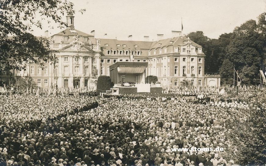 Abschlussveranstaltung auf dem Schlossplatz
