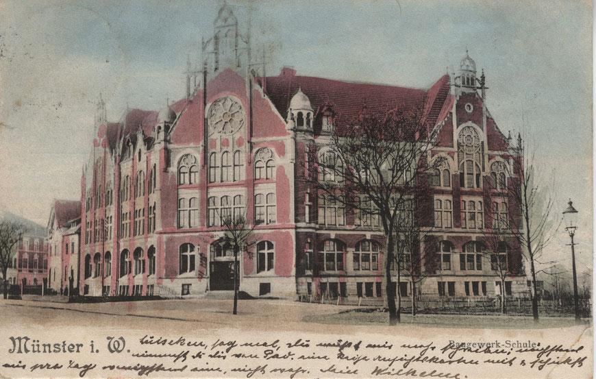 Baugewerkschule am Eingang der Weseler Straße. Heute steht dort die Handwerkskammer.