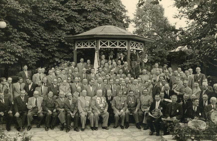 Schützenkönig Bernhard Zander  (Gastwirt Großer Kiepenkerl) -  Preußen Münster 1952