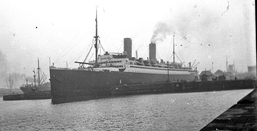 Ein der Ubena ähnliches Schiff - Sammlung Henning Stoffers